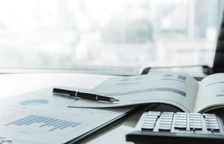 Outsourced investor reporting services