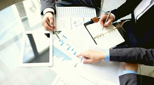 Monthly financial reporting services